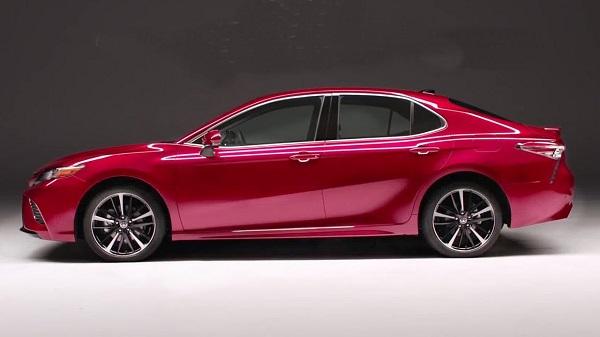 งานดีไซน์ชั้นเลิศ ที่ขับให้ Toyota New Camry ดูสปอร์ตขึ้นอย่างเด่นชัด