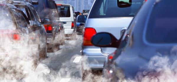 ช่วงที่รถเราหยุดจอด และเครื่องยนต์ยังไม่ดับเครื่อง จะเป็นช่วงเวลาที่ปล่อยก๊าซคาร์บอนมอนออกไซด์มากที่สุด