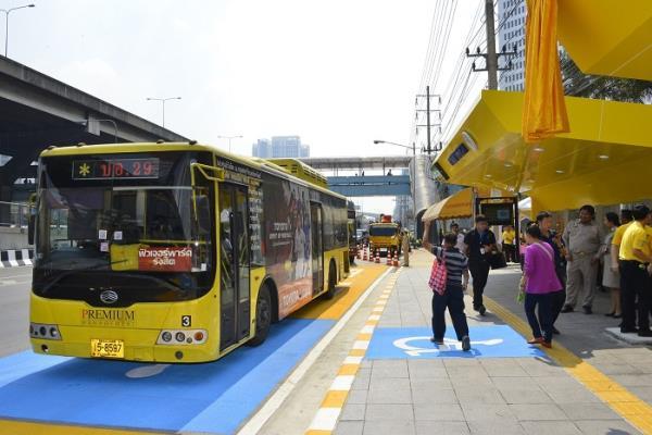 กรมทางหลวง ติดตั้งป้ายรถเมล์อัจฉริยะแห่งแรก ในการเปิดใช้ศาลาทางหลวง