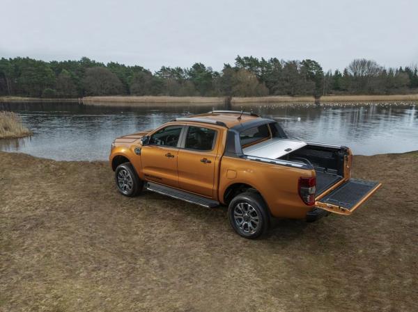 บรรจุเทคโนโลยีใหม่จาก Ford เสริมประสบการณ์ขับขี่ใหม่