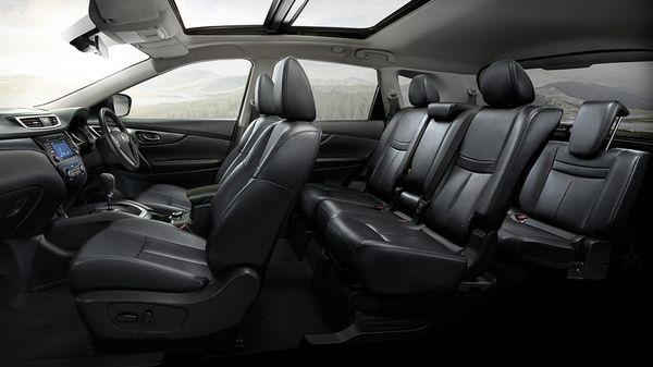 ภายในของ Nissan X-Trail เป็นแบบ3แถวที่นั่ง