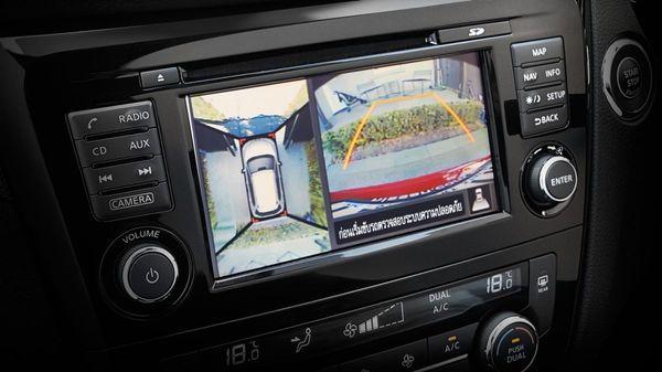 กล้องมองภาพรอบคันของ Nissan X-Trail ที่ทำให้ถอยจอดได้อย่างมั่นใจ
