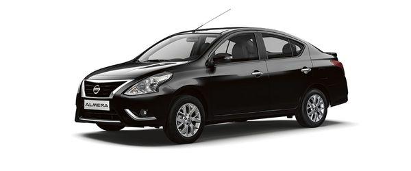 Nissan Almera สีดำก็ดูหรูหราจนบางคนมองผิดเป็น Nissan Teana ก็มี