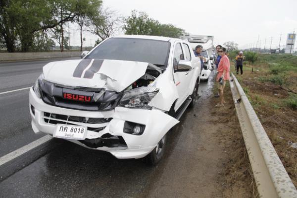 เมื่อเกิดอุบัติเหตุเกิดขึ้น จะต้องตัดสินใจอย่างมีสติ อย่าตกใจจนเกินไป