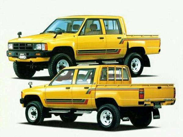 รถกระบะ 4 ประตู รุ่นแรกจากTOYOTA ในตระกูล HILUX
