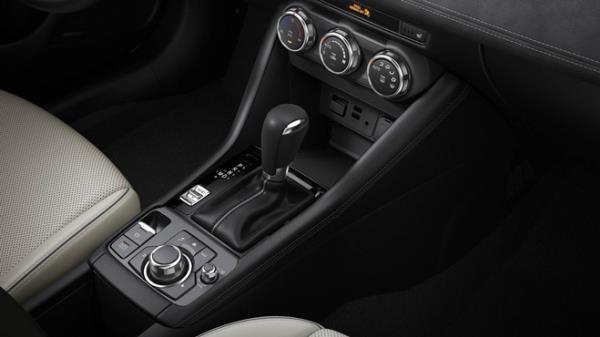 เผยโฉม ดีไซน์ภายในของ Mazda CX-3 เจเนอเรชั่นใหม่