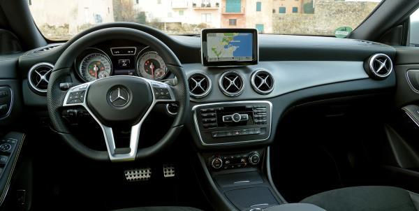อุปกรณ์หลักที่มากับตัวรถอย่าง Console หน้ารถ คือส่วนที่ผู้ขับขี่คุ้นชินและใช้ประโยชน์มากที่สุด