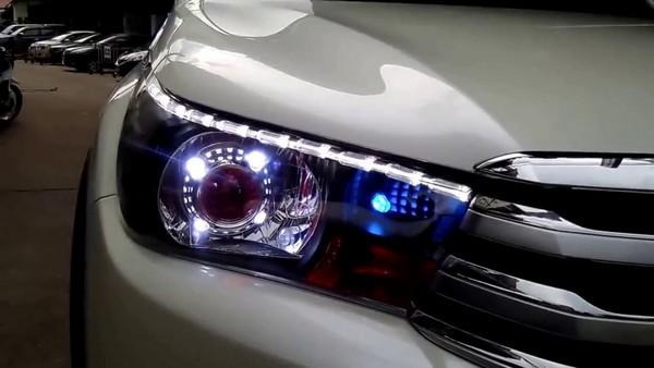 ไฟโคม ไฟตราดพชร ไฟ LED หลากสี