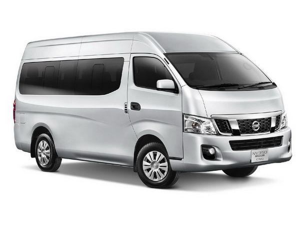 รถ Nissan Urvan ที่มาเป็นคู่แข่งของ Toyota