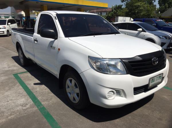 Toyota Hilux Vigo J pickup ปี 2012 เป็นรถกระบะยอดนิยมที่ใช้ในการขนส่งสิ่งของอย่างมาก