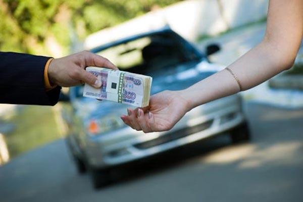 ก่อนจะจ่ายเงินซื้อรถยนต์มือสอง ควรตรวจสอบรถอย่างละเอียดก่อน