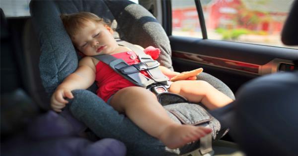 อย่าปล่อยเด็กไว้ในรถ