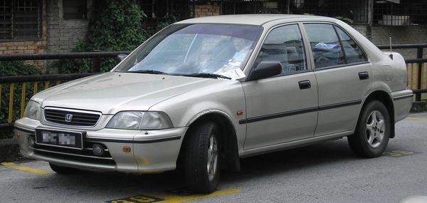 ตลาดรถมือสอง Honda City รุ่นแรกที่ราคาประมาณครึ่งแสนยังหาได้