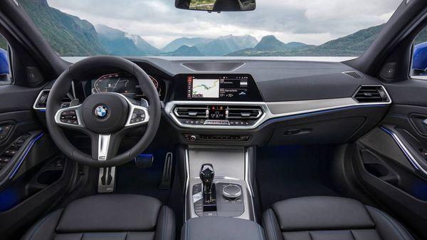 ภายในของ BMW 320d ที่หรูหราไม่น้อยหน้ารุ่นพี่