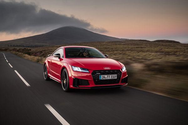 Audi TT  Minorchange 2019  ได้รับการออกแบบเพิ่มบุคลิกให้ทั้นสมัยยิ่งขึ้น