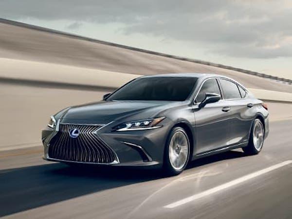 รถญี่ปุ่นสุดหรู Lexus ถ้าเข้าไทย ราคาจะพอๆ กับ Benz