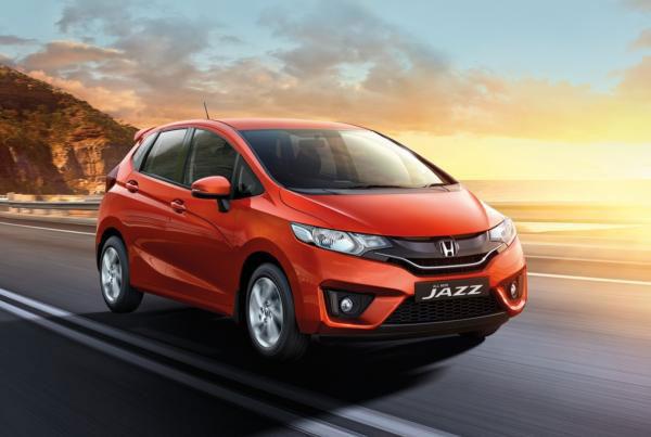 รถยนต์ค่ายฮอนด้าที่น่าซื้อ: Honda Jazz