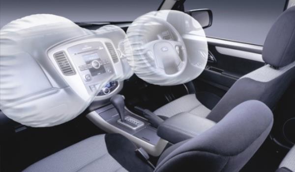 เลือกรถที่มีระบบความปลอดภัยมาให้จะช่วยเพิ่มความมั่นใจระหว่างการเดินทางมากขึ้น