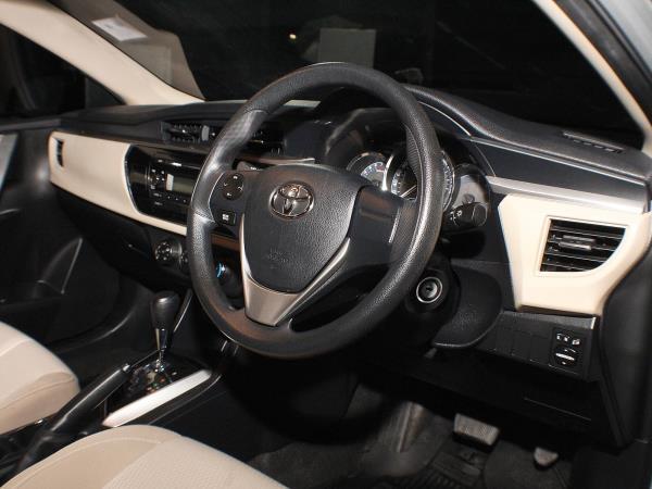 Toyota Altis มือสองหลายรุ่นที่ประกาศขายที่ตลาดออนไลน์ Chobrod