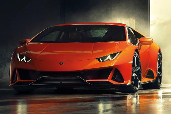 สุดยอดสปอร์ตพันธุ์ดุ Lamborghini Huracan Evo