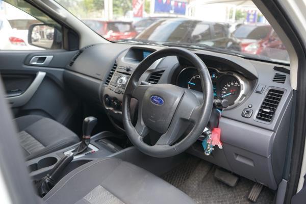 รถกระบะมือสอง Ford Ranger Double Cab XLT มือสอง ที่ประกาศขายใน Chobrod
