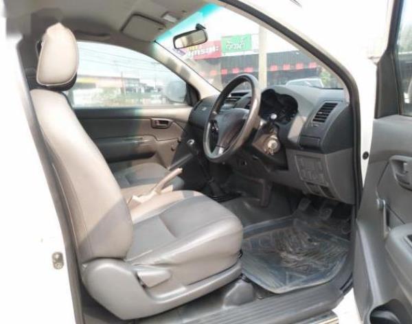Toyota Hilux Vigo J