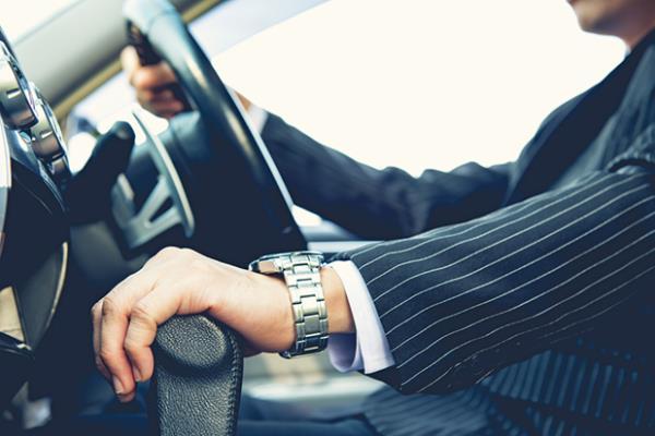 การใช้ความเร็วเกินกำหนดนั้นจะทำให้การควบคุมรถนั้นยากยิ่งขึ้น