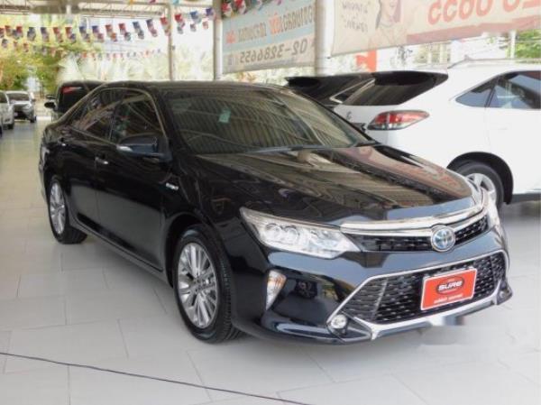 รถยนต์มือสองTOYOTA CAMRY รถเก๋ง 4 ประตู ปี 2017ราคาเริ่มต้น 1,380,000 บาท
