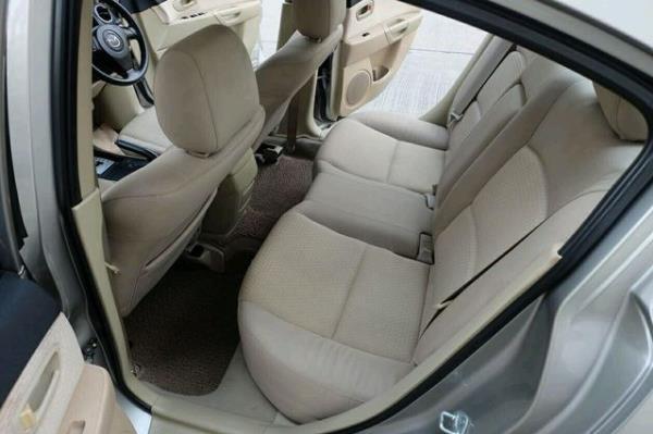 รถมือสอง Mazda 3 สภาพดีที่ประกาศขายที่ Chobrod มากกว่า 1,500 คัน