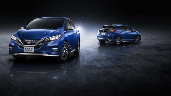 Nissan Leaf Autech 2019 ในตัวถังสีเฉพาะ Aurora Flare Blue Pearl