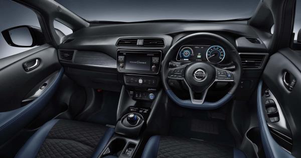 การตกแต่งภายในที่ดูสปอร์ตเร้าใจของ Nissan Leaf Autech