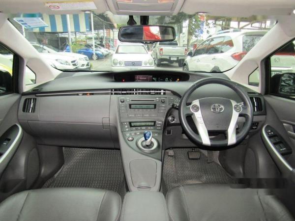 ตลาดรถมือสอง Toyota Prius สภาพดีราคาเริ่มต้นที่ 119,000