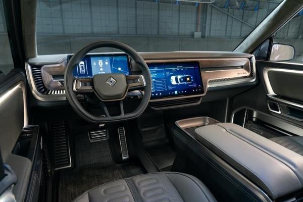 รถยนต์ Rivian R1T กระบะไฟฟ้าที่จะวางขายกันในปีหน้า