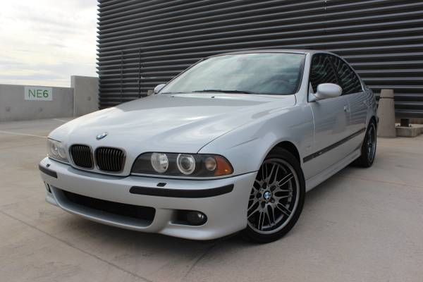 BMW E39 กับกันชน สเกิร์ต และไฟหน้า ตรงรุ่น M5 สปอร์ตซีดานตัวท็อปสุด