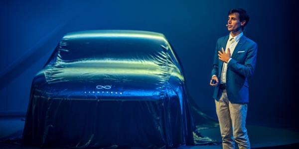 เปิดตัวให้โลกเห็นแล้วกับรถยนต์พลังงานแสงอาทิตย์ที่พร้อมสู่ตลาดรถในอนาคต