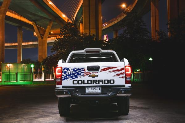 Chevrolet Colorado 4th of July Edition 2019 ตกแต่งพิเศษโดยดึงเอกลักษณ์จากธงชาติสหรัฐมาใช้