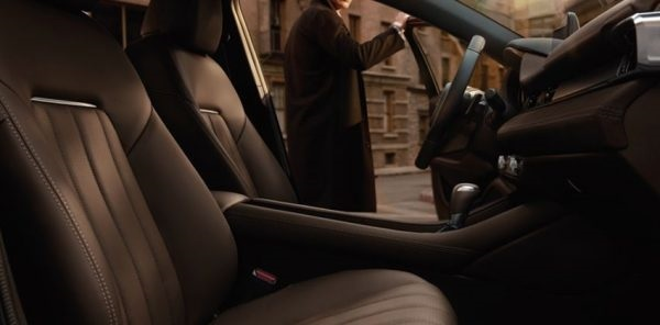 ภายในของ Mazda 6 ที่เรียบง่ายและหรูหราดีทีเดียว