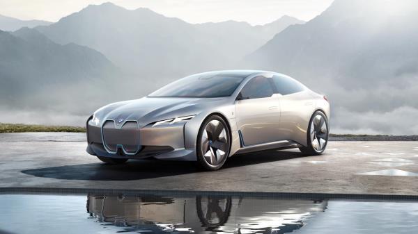 การพัฒนารถยนต์ EV ของ BMW