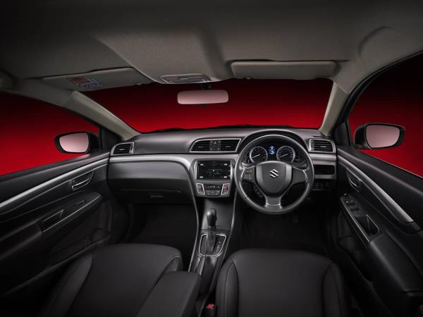 "New Suzuki CIAZ ภายในแนวคิด ""สัมผัสใหม่ สบายทุกมิติ"""