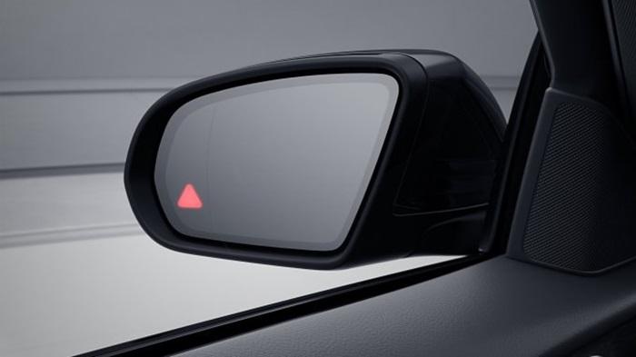 ระบบควบคุมระยะห่างของรถยนต์ขณะขับขี่แบบแอ็คทีฟ DISTRONIC