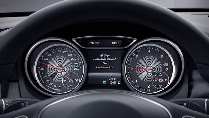 ห้องโดยสาร Mercedes Benz GLA 2020