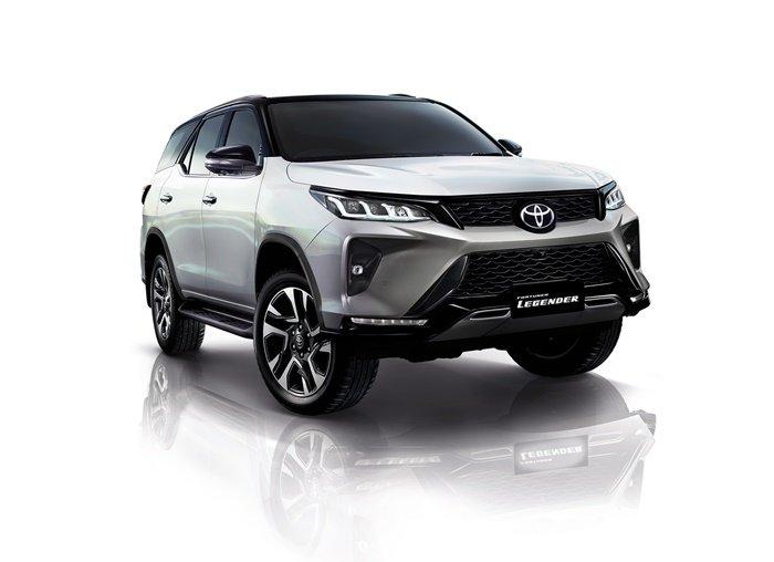 Toyota Fortuner 2021 รุ่น Legender