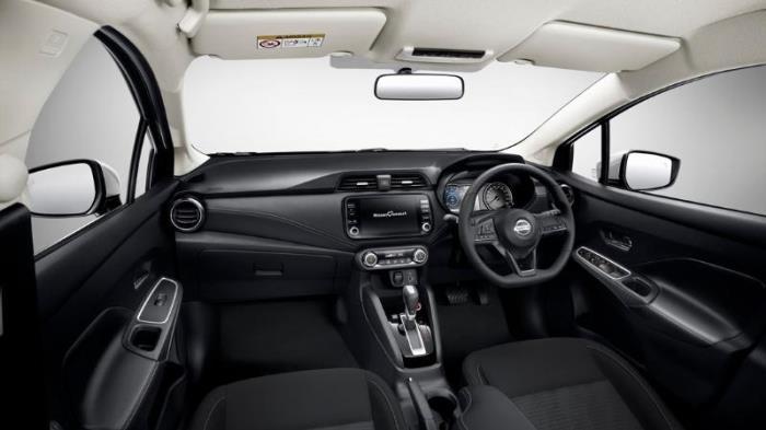 ภายในของ Nissan Almera
