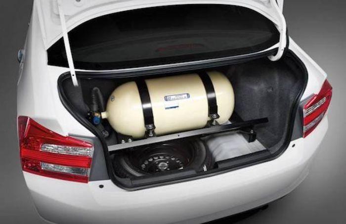 """""""แก๊ส"""" เชื้อเพลิงทางเลือกสำหรับความประหยัด แต่ก็มีผู้ซื้อรถไม่ชอบรถที่ติดแก๊สมา"""