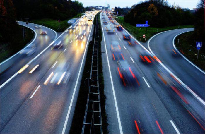 ภาพถนนทางด่วน Autobahn ที่เยอรมนี