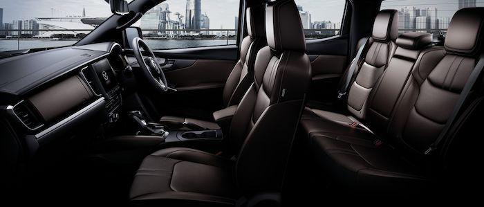 ภายใน Mazda BT-50 2021