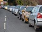 วิธีจอดรถบนทางลาดชันเพื่อถนอม 'เกียร์ออโต้' ของรถคุณ