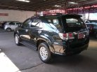 2011 Toyota Fortuner V suv -3