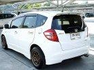 2009 Honda JAZZ V hatchback -2