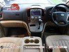 2012 Hyundai H-1 2.5 Deluxe hatchback ใช้เงินออกรถ 10,000 บาท-3